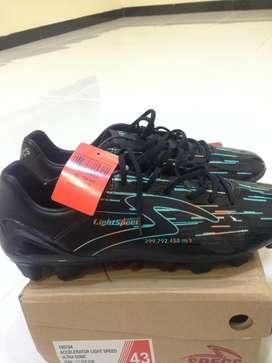 Sepatu Bola Specs Accelelator Light Speed FG