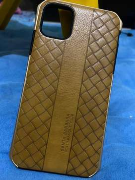 Casing iphone 11 leather