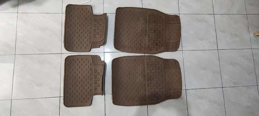 Karpet Mobil Avanza
