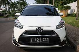 Toyota Sienta 1.5 G AT 2017 TDP : 22,000,000 Angsuran : 4,867,000 x47