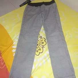 Dijual celana UNIQLO panjang gray