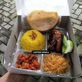 Komplit dan harga  ekonomis ( nasi boxs )