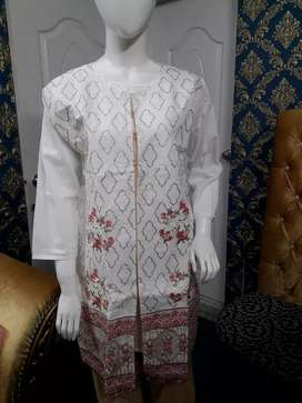 Stitched embroidered kurti with embrpidered pents