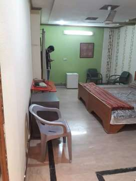 Furnished Room For Rent In Gulberg Near Firdous Market.. Best Location