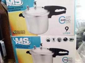 9 litter Best pressure cooker for your rang double handle best quality