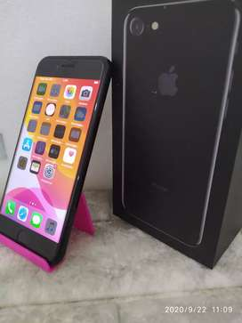 IPHONE 7 Warna JETBLACK 32Gb LIKE NEW INTER ORI