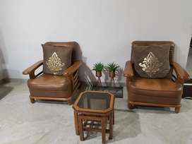 leather chairs & table