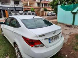 Well maintained verna fludic
