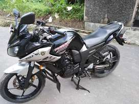Yahama Fazer very good condition bike for sell exchange possible