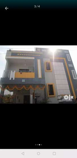 Duplex house is on rent near hoodi circle kodigehalli