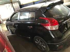 Mobil dijual kluaran th 2015  Toyota yaris