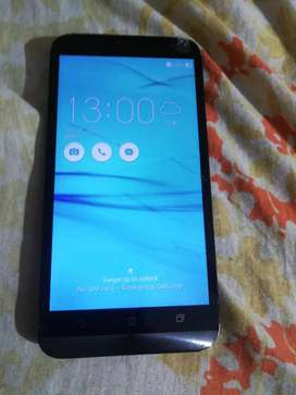Selling my Asus zen phone in working condition