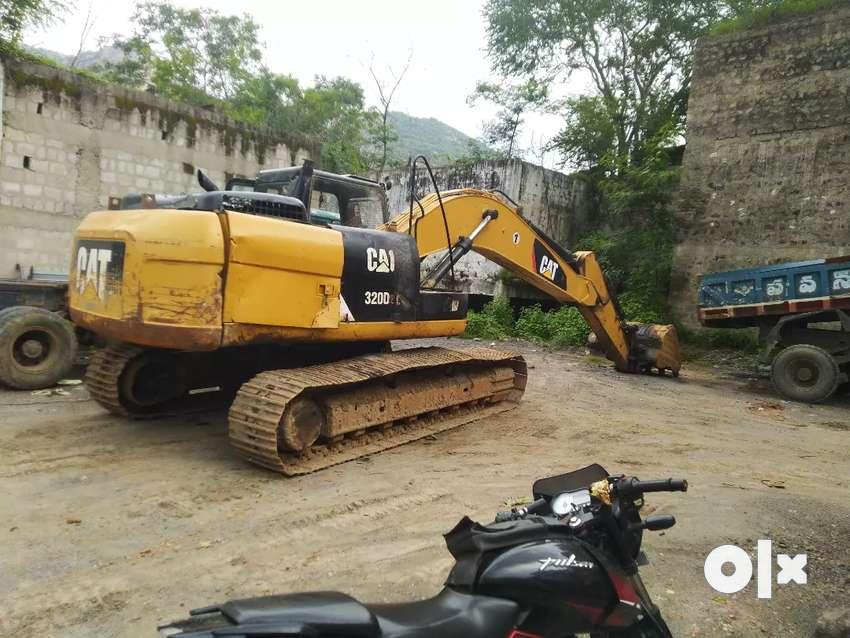 Cat 320d2l excavator 0