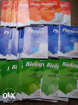 Neet medical IIT engineering entrance exam old books Allen Kota