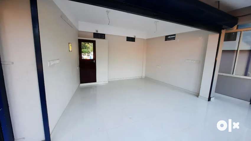 Commercial space for rent 1st floor