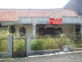 Rumah Lama Hitung Tanah Di Cipete, Best Location, Tenang, Jalan Lebar