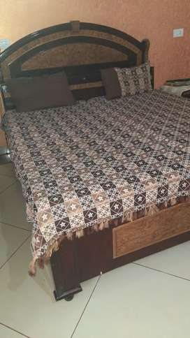 Teek wood Bed with Matresses