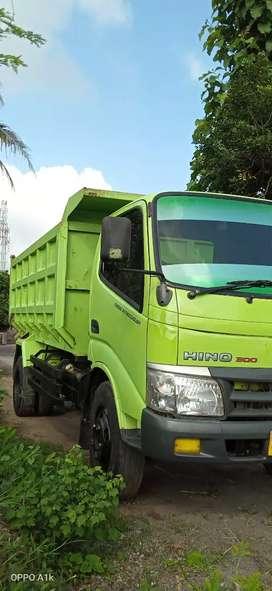 Dump Truk Hino Dutro 130HD, thn 2015, Pajek Kir Hidup