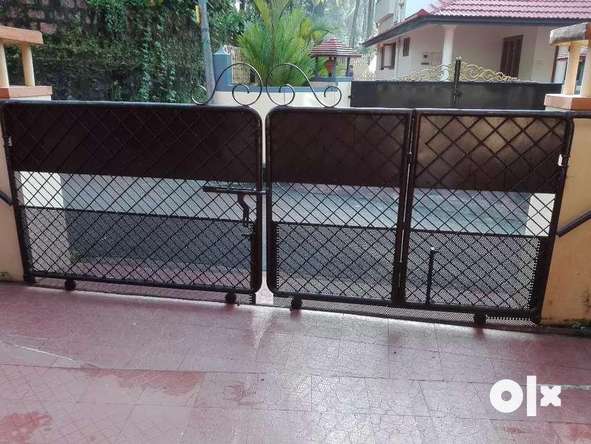 Sliding gate 0