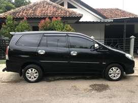 Toyota Innova Bensin 2011 type 2.0V ISTIMEWA