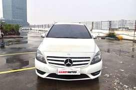Mercedez Benz B200 Urban Tahun 2012 / 2013 Automatic Putih