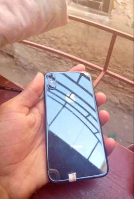 Selling my Iphone X 10/10 condition