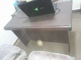 Table available for sale urgently