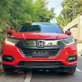 ALL NEW HRV E 1.5  SPECIAL EDITION AUTOMATIC th: 2020 ,km 10 rb, AB