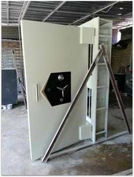Pintu Khasanah Safe Gorontalo Pintu Bank Vault Door Pintu Kluis PKZ 10