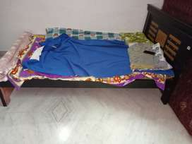 1.6 yrs old nice 4X6 teak wood bed for sale