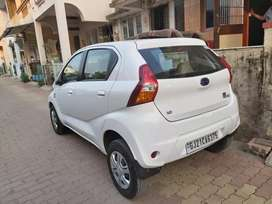 1 st owner car . 1000 cc . Amt transmission.  No any problem in car
