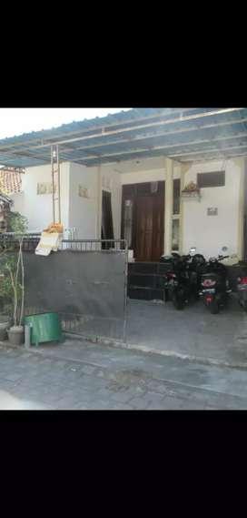 Rumah 1 are  Setengah Lantai 2 Monang Maning jln Mbl papasan