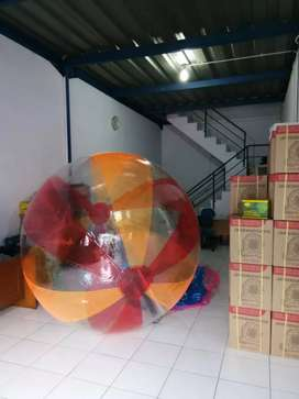Bola air bisa request warna