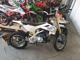 Motor Minimoto Cross Trail Mini 110cc Mini Trail 110cc Matic Husqvarna
