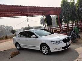 Skoda Superb 2010 Petrol 60000 Km Driven