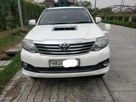 Toyota Fortuner 4x2 AT, 2013, Diesel