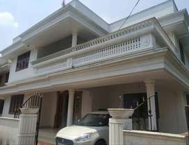 A MAGNIFICIENT 4BED ROOM 1900SQ FT 4.75CENTS HOUSE IN VIYYUR,TSR