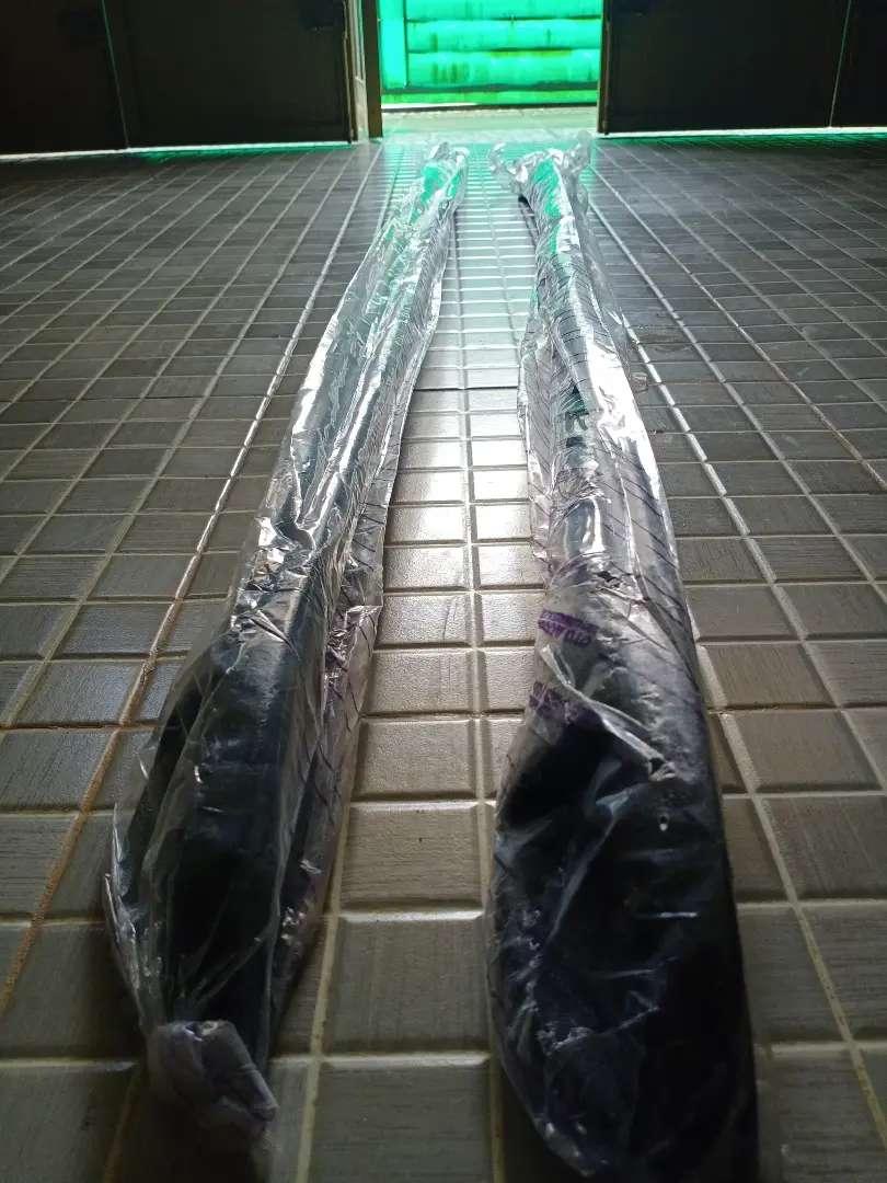 Roof Rail Variasi untuk Mobil (universal) lem menggunakan 3M bukan bor