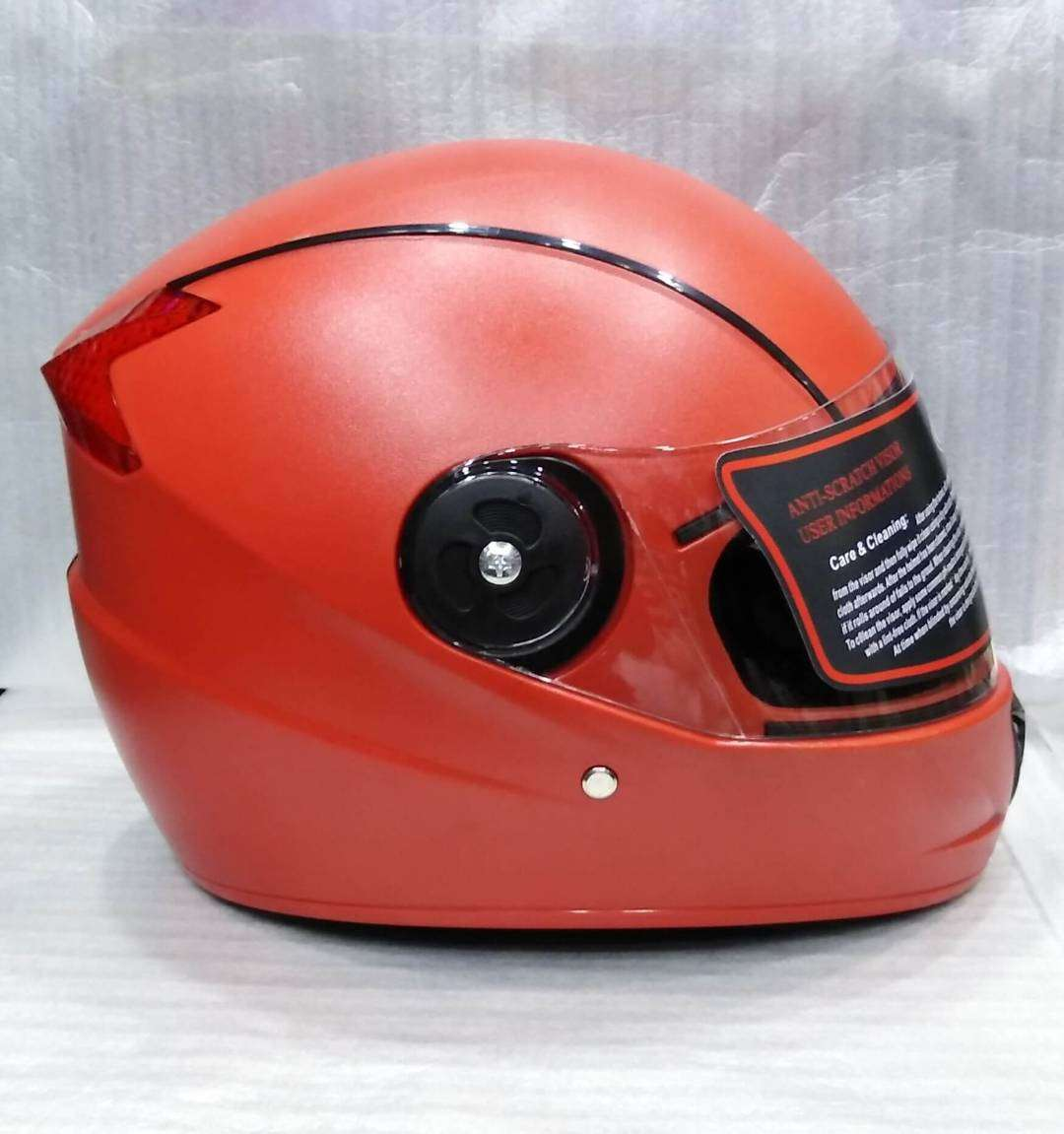 LUCKY-20 IN RED COLOR (UNBREAKABLE HELMET)