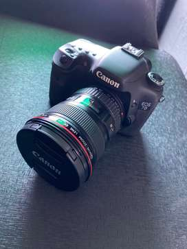 Canon 7D with 17-40mm