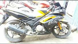 Yahama R15 for sale in good condition
