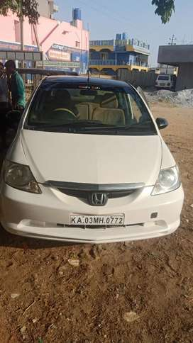 Honda City ZX 2004 Petrol Well Maintained