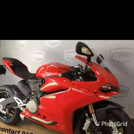 BRAND new kids riding Ducati bike and cars battery operated