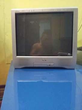 Tivi tabung SONY TRINITRON 21 inchi