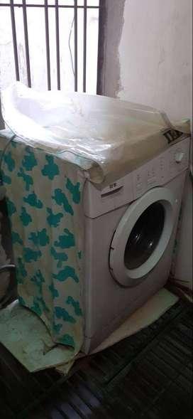 IFB Senorita DX Fully Automatic Washing Machine 5.5 KG Good Condition