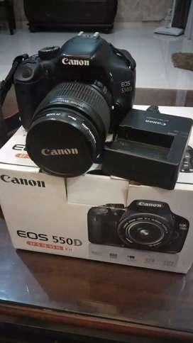 Jual kamera canon EOS 550D kondisi baik   harga nego