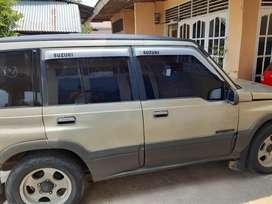 Dijual mobil suzuki nomade 2001, manual, bensin, abu-abu, pribadi