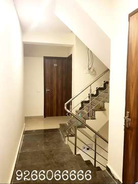 Sector 38 & 47 rooms with meals for professionals girls boys separate