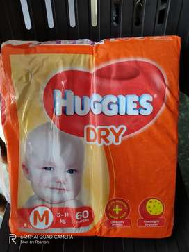 Huggies Tapped Diapers M Size(5-11kg)