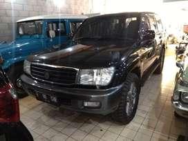 Toyota Land Cruiser VX100 Tahun 2002